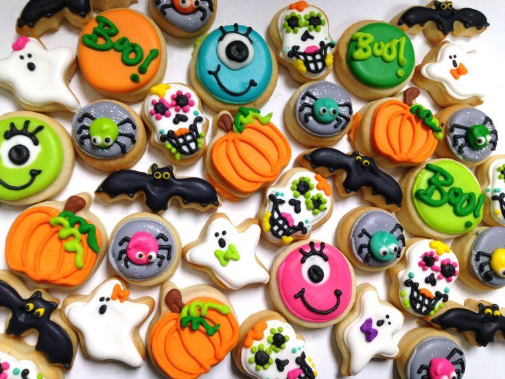 mini halloween cookies hayley cakes and cookies - Halloween Cookie Decorations