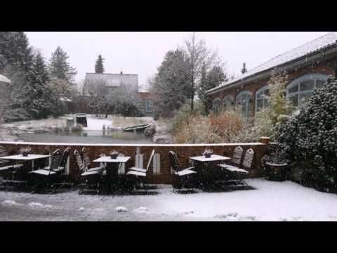 EUT-IN Hotel Alte Straßenmeisterei - Eutin - Visit http://germanhotelstv.com/eut-in This hotel offers spacious rooms with terraces free Wi-Fi and free parking. It stands in the Holstein Switzerland Nature Park a 20-minute walk from Eutin Castle and Eutin Train Station. -http://youtu.be/8xlY1Ioj1bs