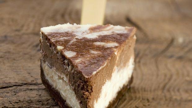 Käsekuchen mit Schokolade: Rezept       - Sweet & Easy - Enie backt - sixx