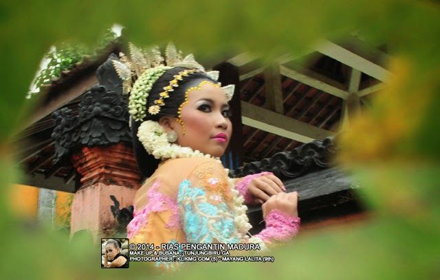 blog.klikmg.com - Rias Pengantin - Fotografi & Promosi Online : Wedding Madura Framing || Make Up & Busana : TUNJU...