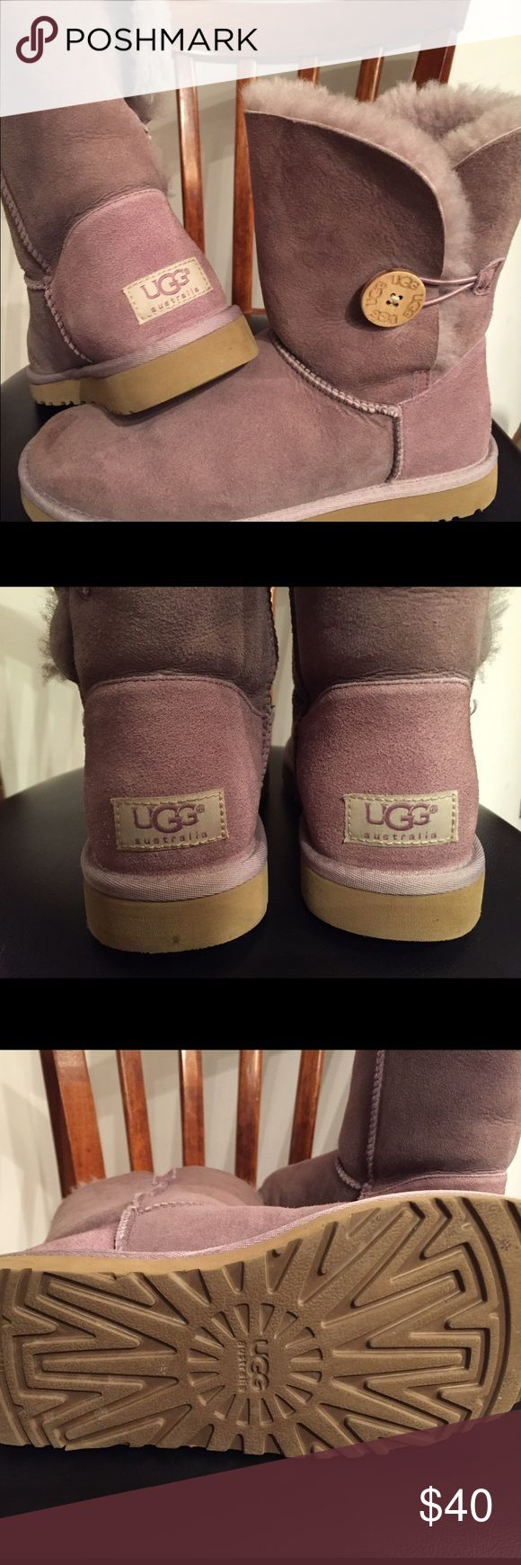 Ugg Bailey Button Boots in dusty mauve Love these short UGGS! Bailey Buttons in a great dusty mauve color that goes with so many looks!  Bought these at Nordy's in 2009 and wore them sparingly.  These are virtually vintage and in great condition! For UGG experts: these boots do not carry the hologram label because UGG didn't start using this tag until mid 2010. I am half-Australian by birth and stake my Aussie reputation on the quality and authenticity of these boots! UGG Shoes Winter & Rain…