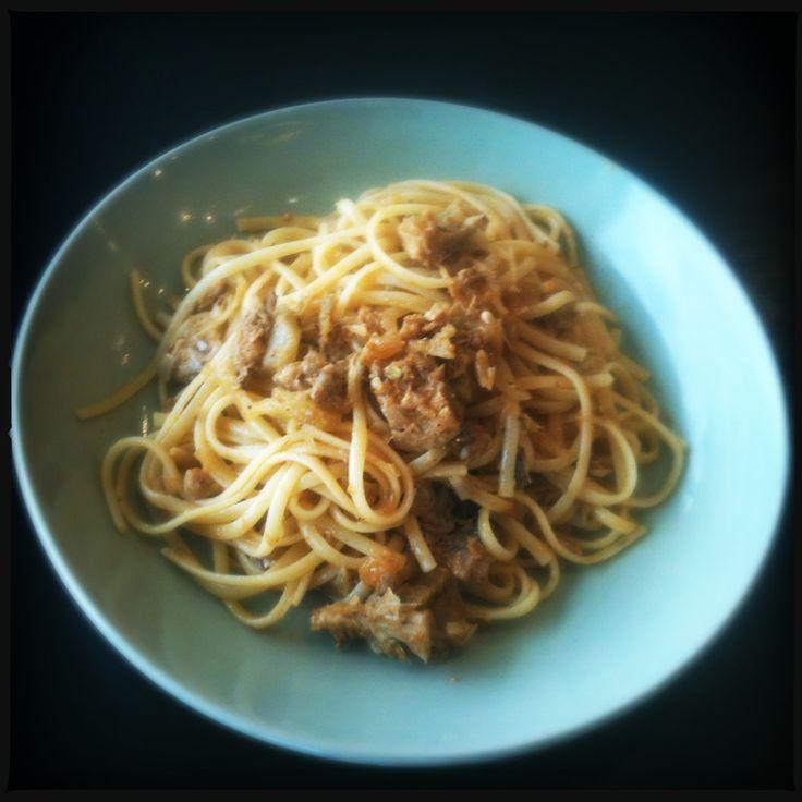 recept Linguine con le sarde sardines sardientjes pasta siciliaans italiaans arabisch keuken koken food blog eten venkel rozijnen pijnboompitten