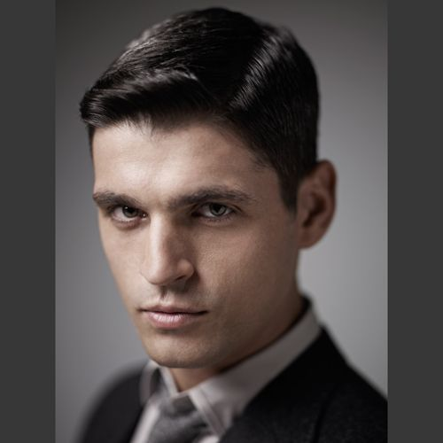 Step by step Clippered men's cut http://www.behindthechair.com/displaystepbystep.aspx?SPID=6049=1