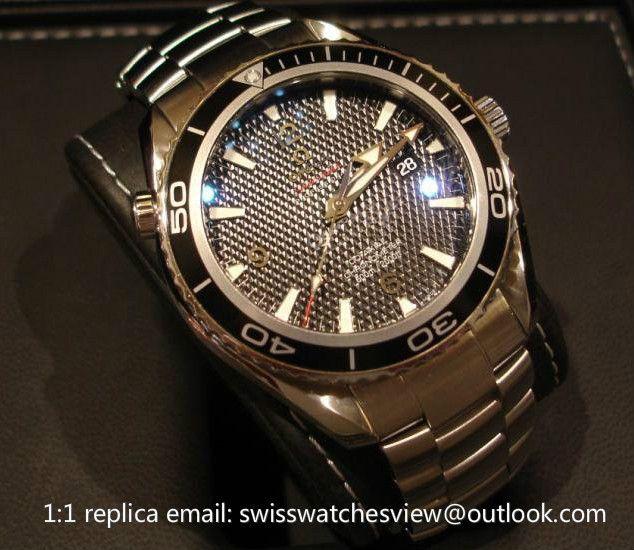 Omega Seamaster 007 Quantum of Solace 222.30.46.20.01.001