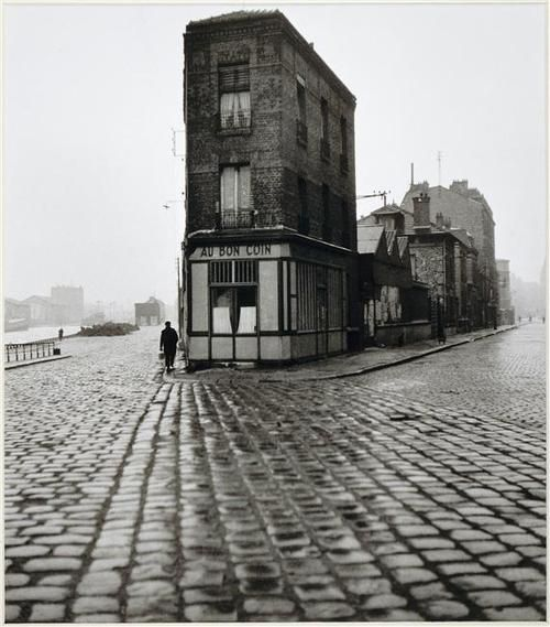 Au Bon Coin, quai du Port, Saint-Denis 1945. Photo Robert Doisneau