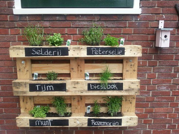 Voor in de tuin hmmm karsten moestuin pinterest tuin for Decoratie voor terras