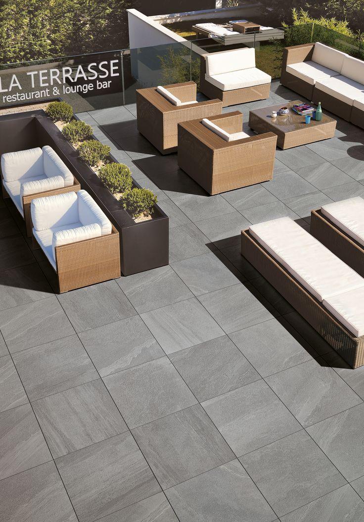 per uniformare interni ed esterni ceramiche supergres ha sviluppato lake stone t20 la. Black Bedroom Furniture Sets. Home Design Ideas