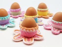 Crochet easter egg cup