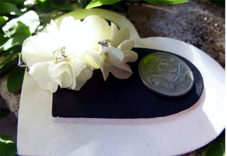 Small double  flower cream hairclip  with Rhinestone - great for a child -   Note the relationship with the 10 cent piece as these look bigger than they actually are. Great as a headpiece for a child instead of a tiara  - suit small child or junior bridesmaid   BUDGET BRIDAL FLOWERGIRL