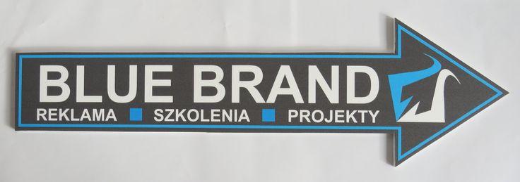strzałki kierunkowe wykonane z pcv 5 mm z nadrukiem bezpośrednim, długość 50 cm - projekt i wykonanie www.BlueBrand.pl #BlueBrand #AgencjaReklamowa #reklama