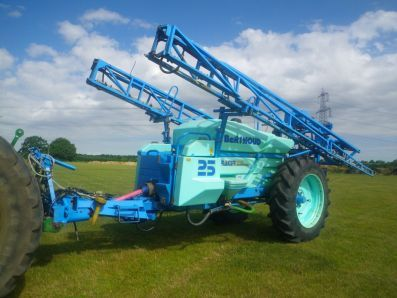 Berthoud Racer 25 Trailed Tracking Sprayer, 1998, £10750