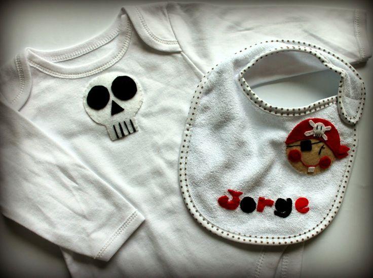SELAVY, things made with love : Para un bebé con más sellos que yo en el pasaporte...