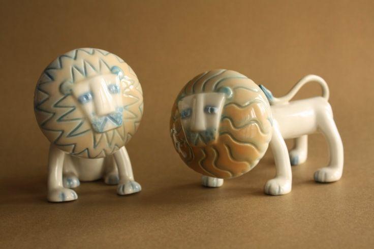 Retró porcelánok: Ülő és álló oroszlán - Aquincum porcelán