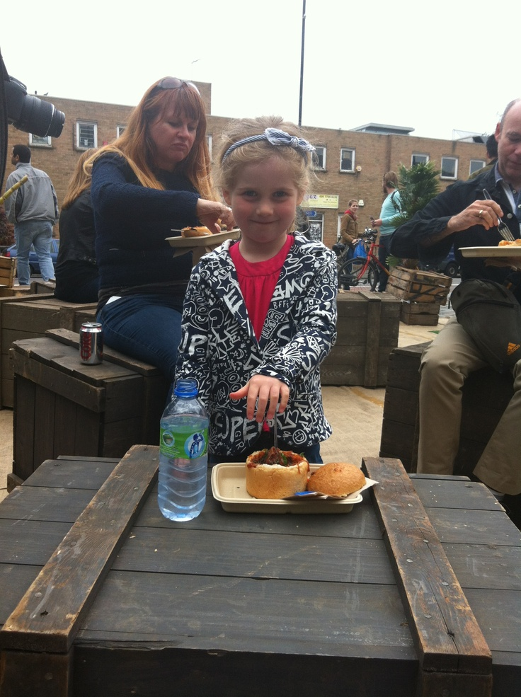 The little ones love bunnychow!    www.bunnychow.com