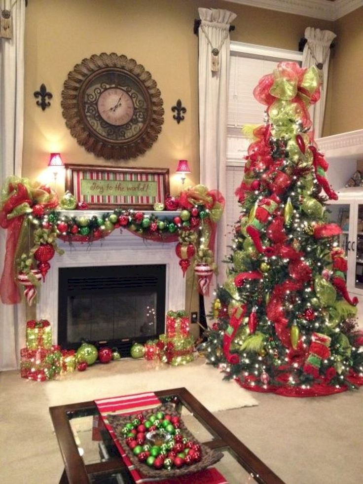 55 Gorgeous Christmas Living Room Decor and Design Ideas