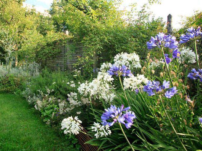 les 67 meilleures images du tableau jardins potagers verticaux sur pinterest bo tes jardinage. Black Bedroom Furniture Sets. Home Design Ideas