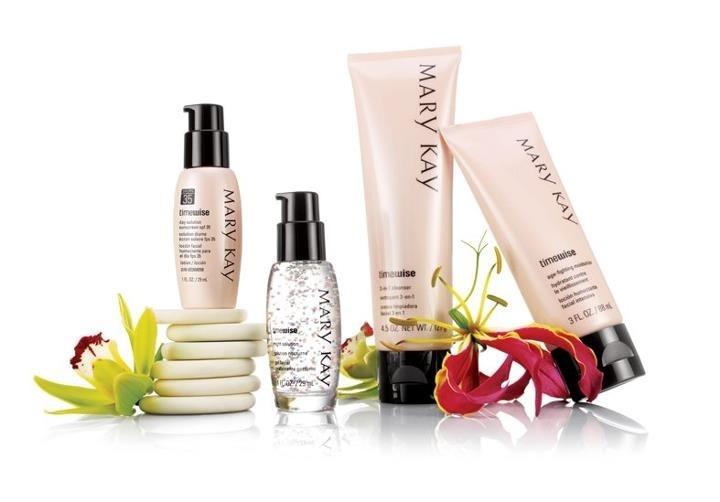 Combinación ideal TimeWise® tratamiento contra el paso del tiempo, disponible para piel normal a seca y combinada a grasa. $1069.50 pesos mexicanos   Contáctame!