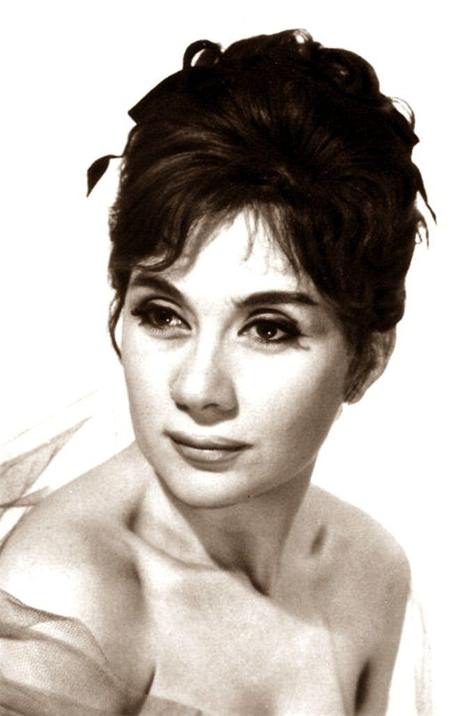 Ruttkai Éva (született: Russ Éva, 1927-1986) magyar színésznő