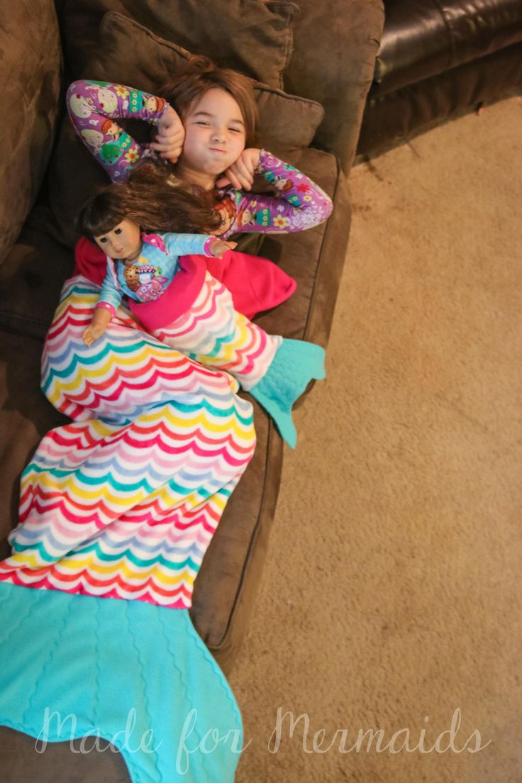 Mermaid tail blanket for children and dolly