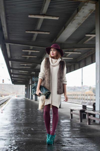 Outfit - topánky - z Talianska, silonky - Bepon, sveter - New Yorker…