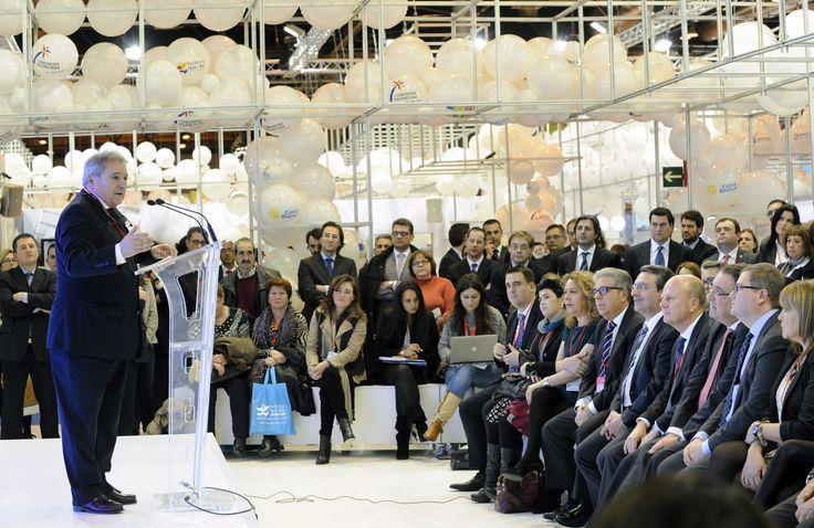 La presentación del stand por parte del presidente Alfonso Rus