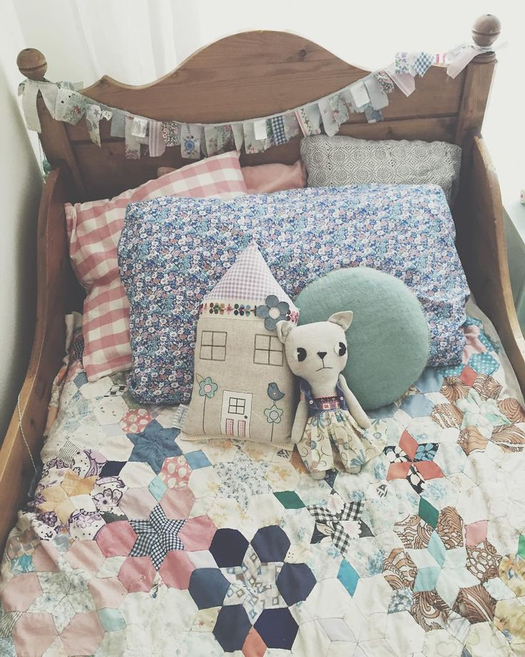 I love kids stuff. It's just so good. And I'm just so thankful that you guys buy the stuff that I make for your kids. Apologies for not having any stock in the shop, I have loved having some time off but I'm back and there is fabric and trims all over the place. More cushions and preorders coming soon. X #littlevillagehandmade #handmadegoodness  #clothandthread