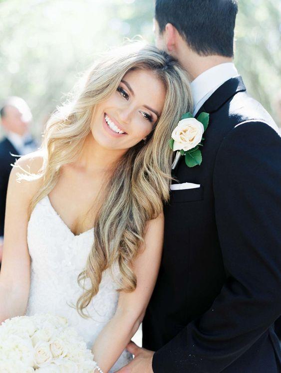 50+ natürliche lose Frisur sucht nach Brautideen   – Wedding inspiration