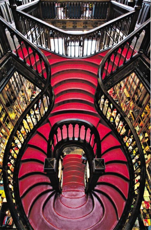 Librairie Lello. Porto, Portugal.