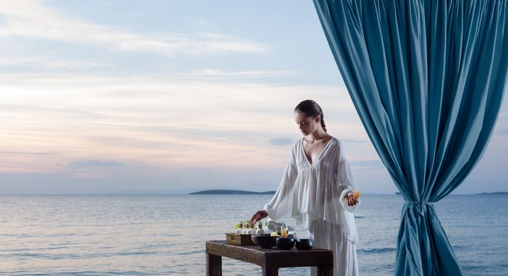 Beauty is way of living… A detoxing and wellness program in a Leading Spa Resort, the Divani Apollon Palace & Thalasso is a 'must' to start your week in the right way!  #DivineYou #retreat #wellbeing #DivineViews