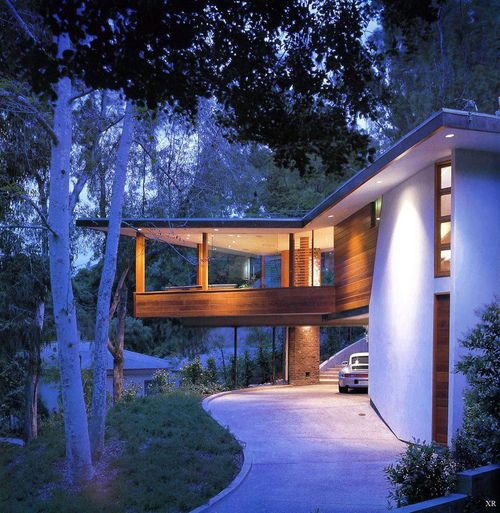 The Tyler House: John Lautner