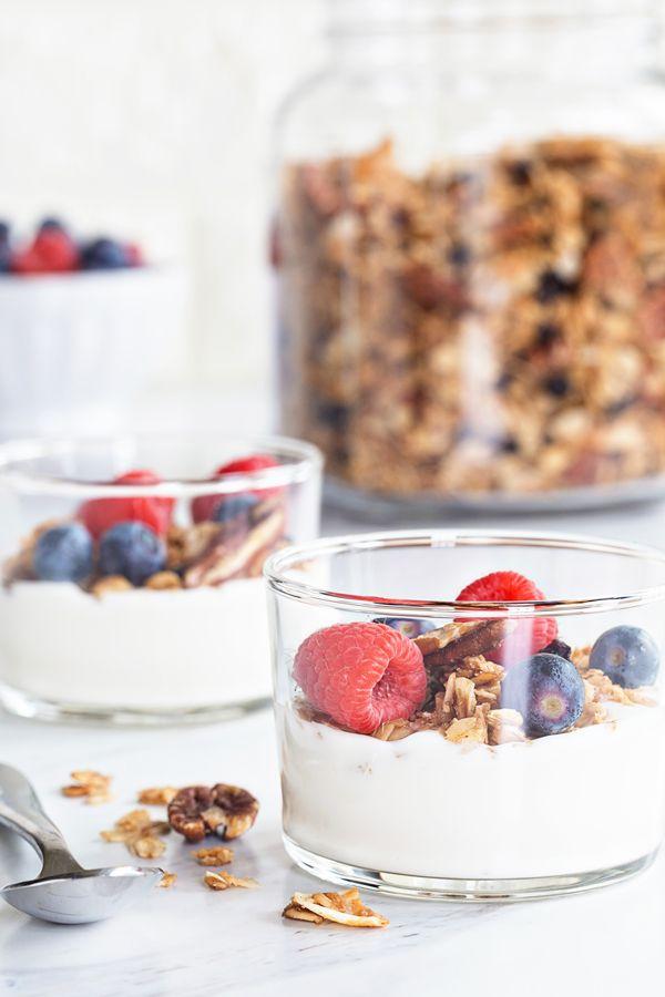 Coconut Pecan Granola #recipes #food #drink #cuisine #boissons #recettes