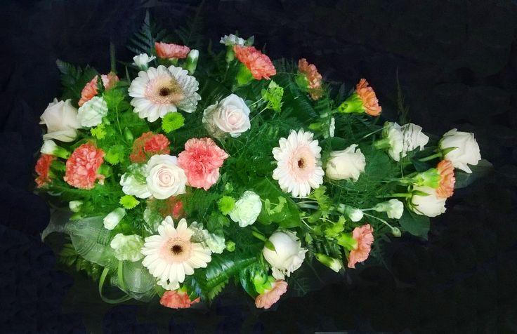 Hautavihko: germini, ruusu, neilikka