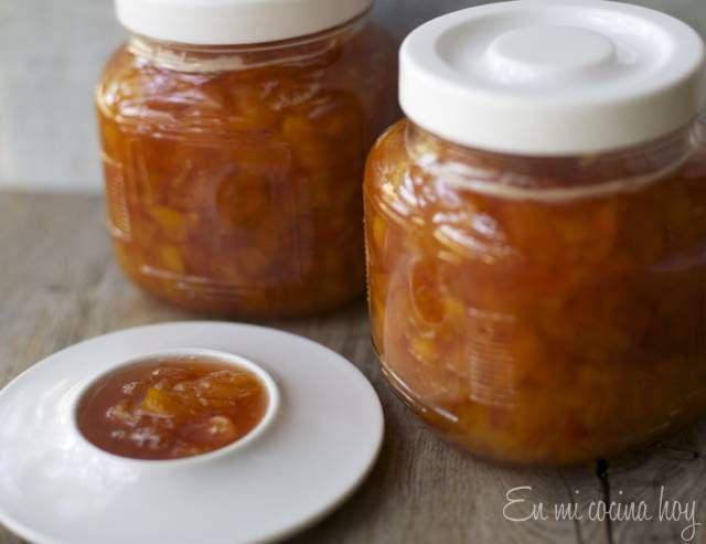 Una receta antigua y tradicional chilena para hacer mermelada de duraznos, en mi familia todas las mermeladas se hacían en casa, era una de las tareas.
