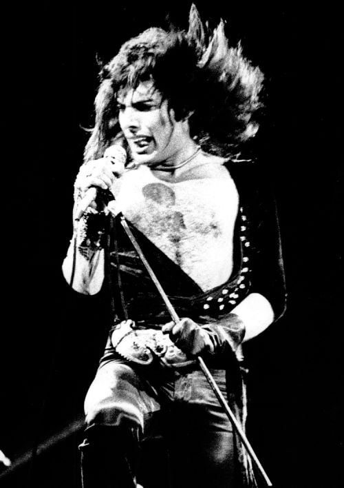 Mercury REALLY RISING as a quite young Freddie Mercury performs with Queen at The Rainbow Theatre c. early 1970's