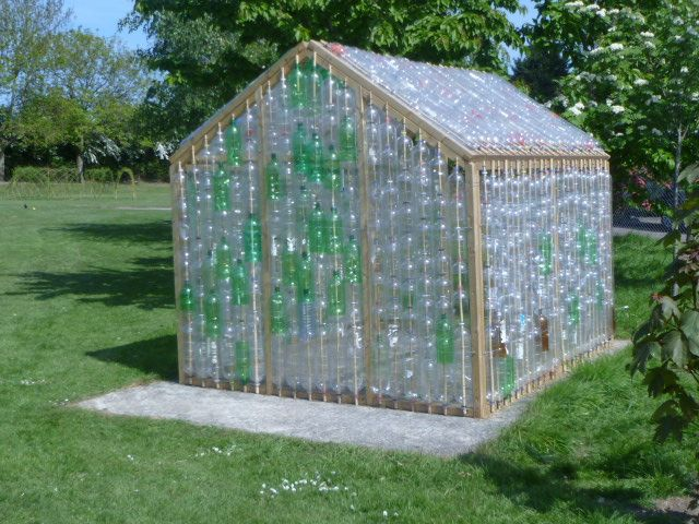 Surprisingly efficient greenhouse made from old plastic bottles. I would probably make a pattern from the different colours, for added detail