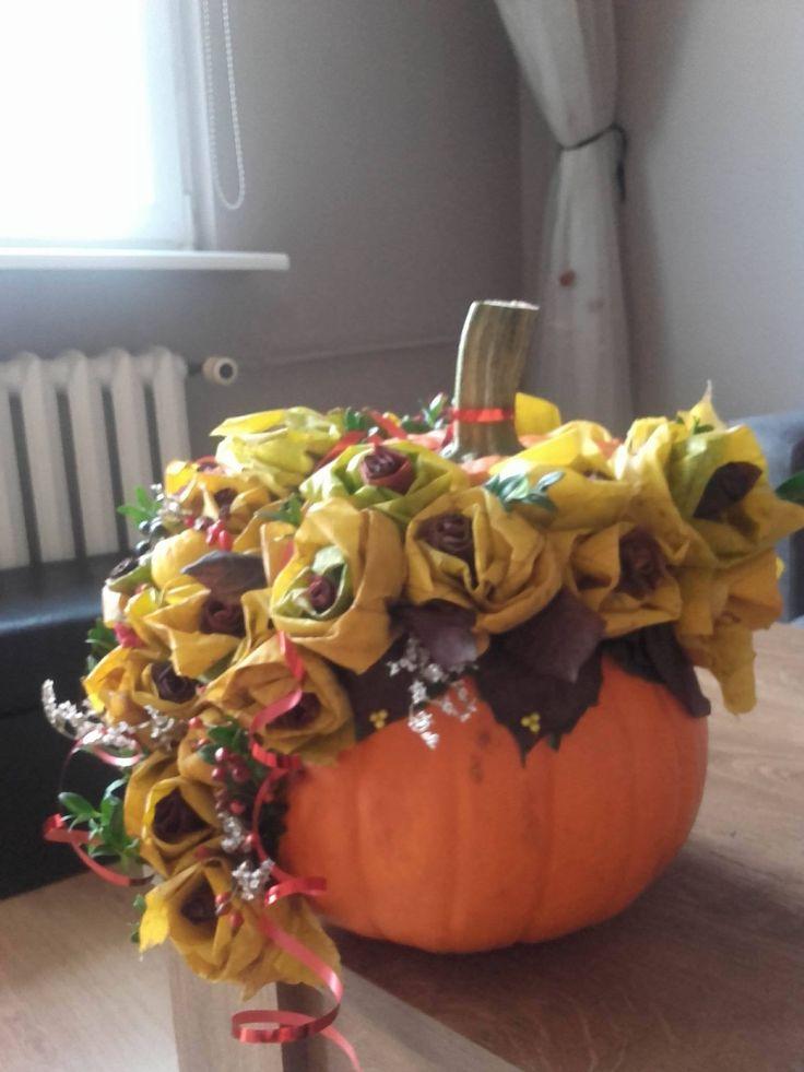 bukiet z liści w dyni:)
