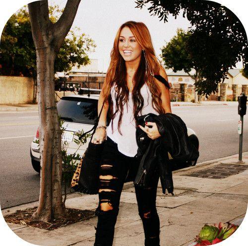 hannah montana barefoot cinderella | De Hannah Montana Forever - SuperStar ♪ - Barefoot Cinderella ...