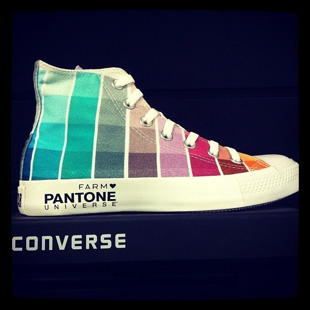 Awesome Happy Colored Converse Sneakers :-) YIPEE!!!!!!!! Converse and Pantone