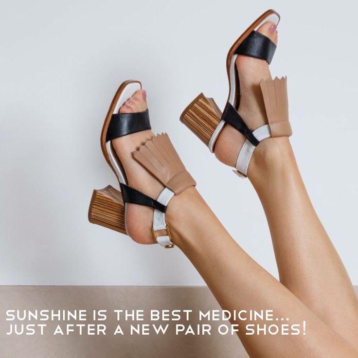Enjoy the sunny day! ☀️  Wood Sandal buy it here: http://helsar.com/shop/product/8435/  #helsar #shopnow #springsummer