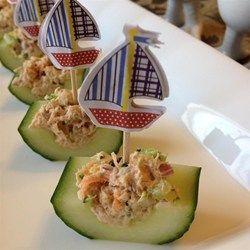 Barquettes de concombres au thon et aux légumes