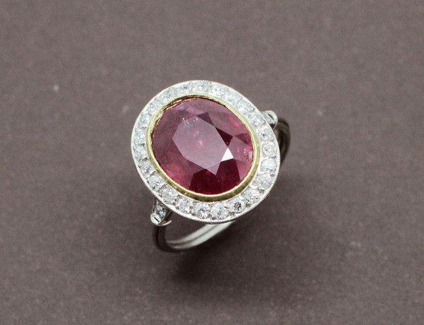 Bague Rubis Diamants Platine et Or                                                                                                                                                                                 Plus