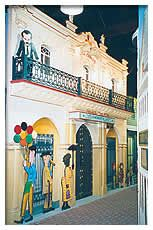 Learn about Key West's early history & partake in Cuban delights at Casa Cayo Hueso Historeum.