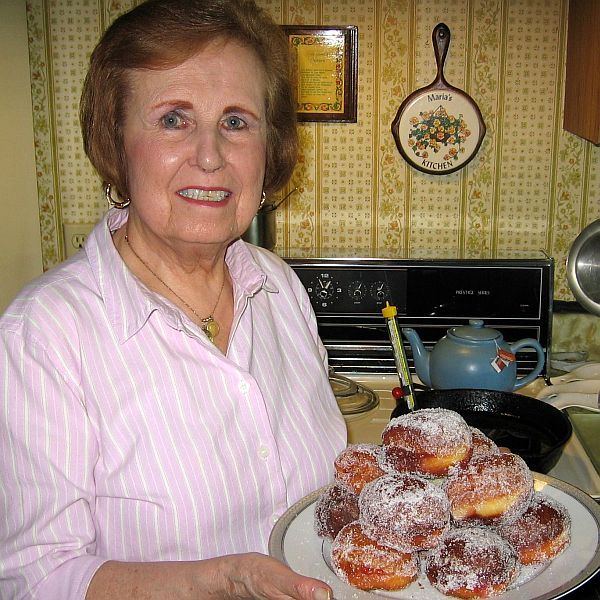 Polish doughnuts, known as paczki, are traditionally eaten on Fat Tuesday in America and on Fat Thursday in Poland.