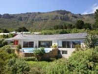 5 bedroom house in Hout Bay. Contact Knight Frank Holiday Rentals to rent or buy