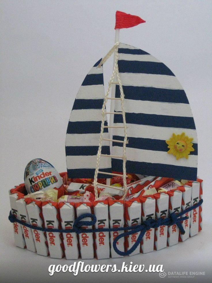Кораблики из конфет » [GoodFlowers] Эксклюзивные букеты из конфет