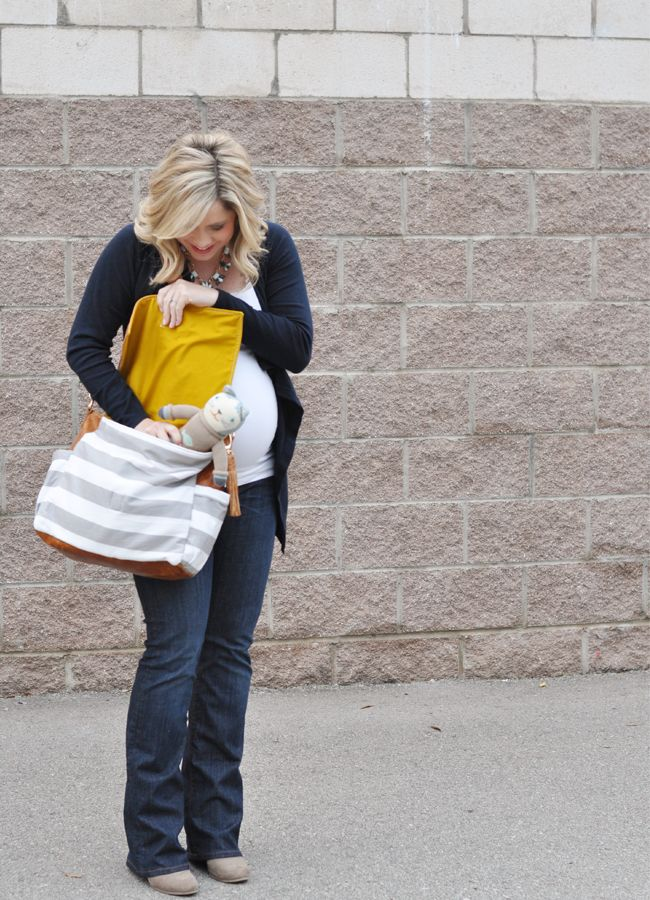 having the hardest time finding a cute diaper bag. love this one.