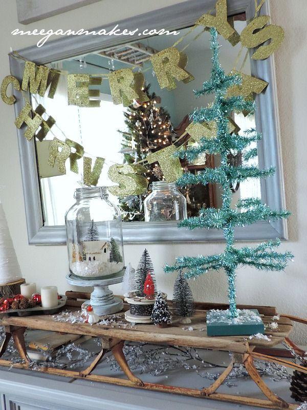 Christmas Sled Vignette Decorating