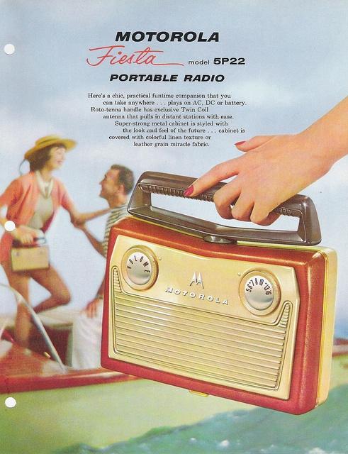 Motorola portable radio (USA 1958)