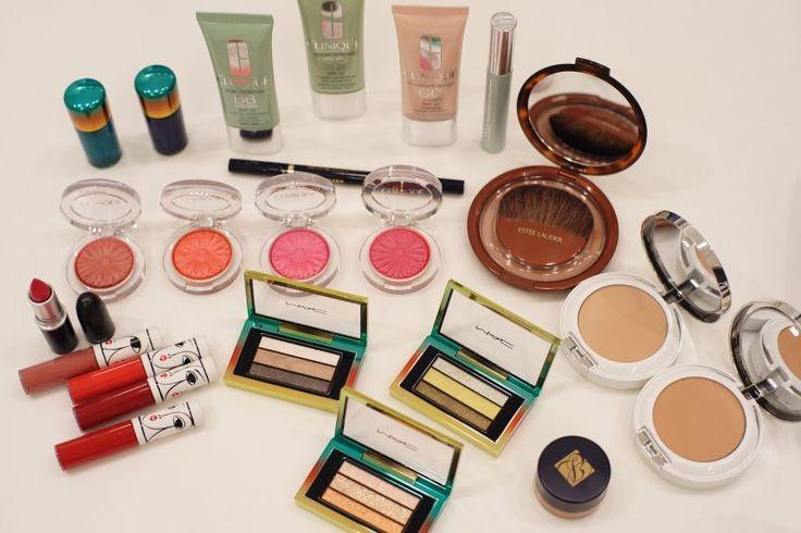 Makijaż na lato. Jakich kosmetyków używać? - Fashion & More