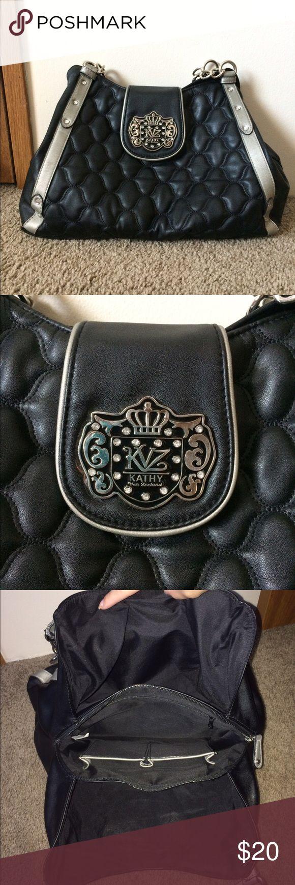 Kathy Van Zeeland Purse This purse is cute and has lots of space in it! Only used once. Kathy Van Zeeland Bags Shoulder Bags
